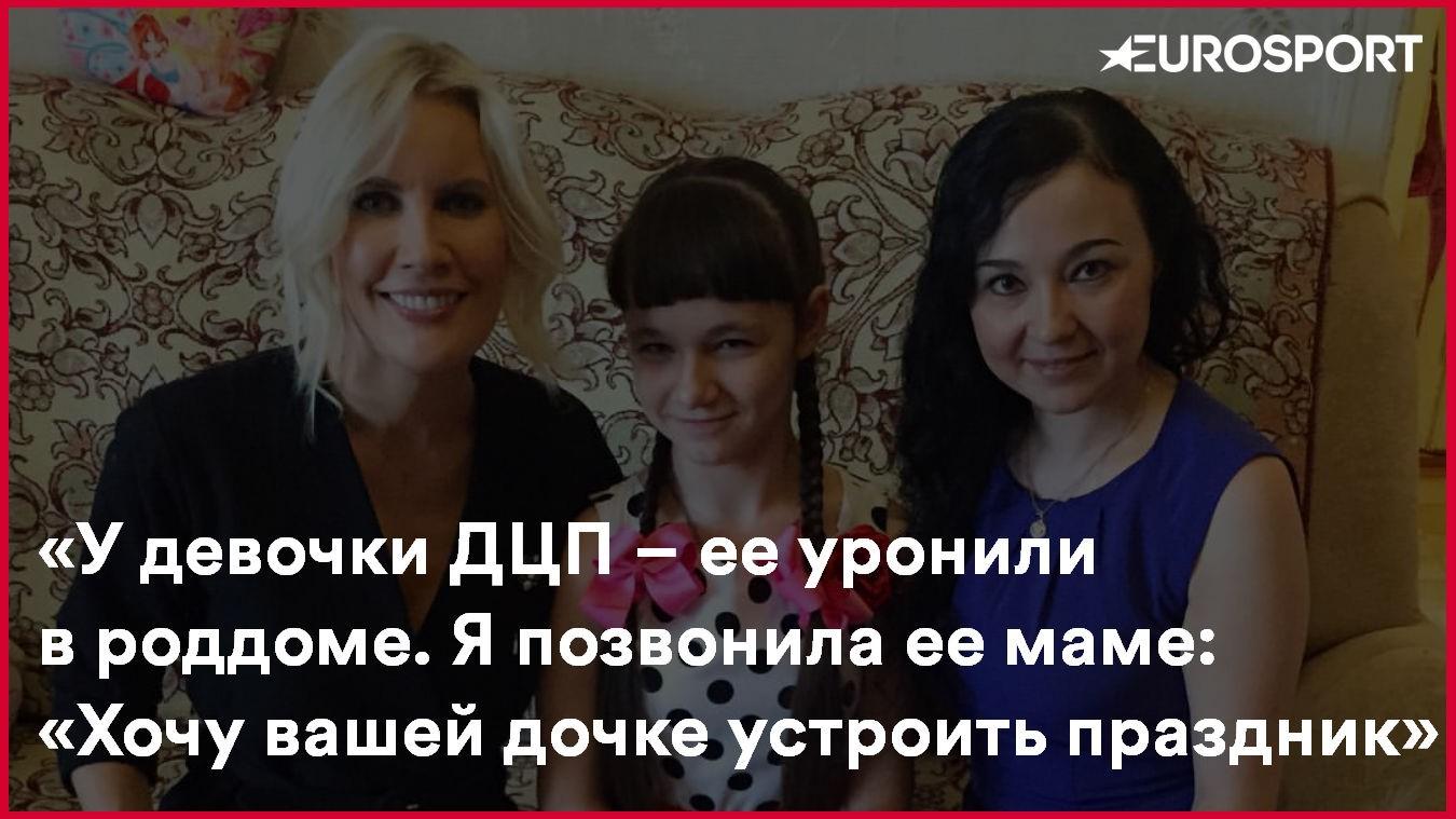 kompaniya-zhenshin-pitala-bogatogo-muzhchinu-seksom-velikolepnoe-porno-v-sedane