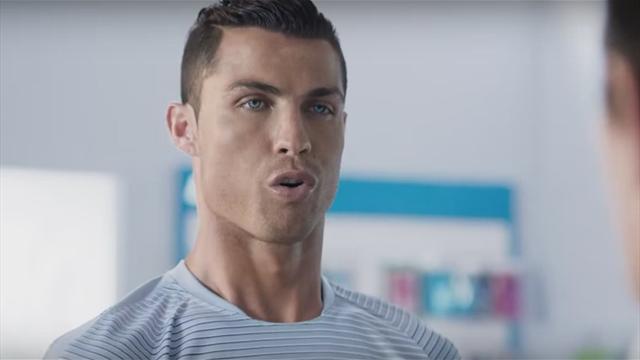 Роналду снялся в рекламе Turk Telekom в образе киборга, сверкающего кубиками