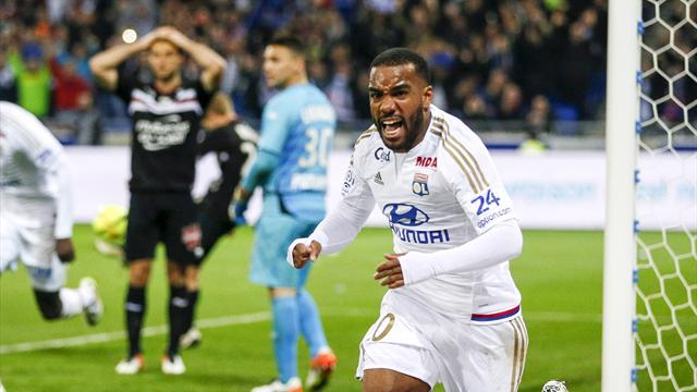 Lacazette to travel to London to complete £52m Arsenal move - report