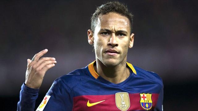 """Una leyenda brasileña carga contra Neymar y le califica como """"el mayor idiota"""""""