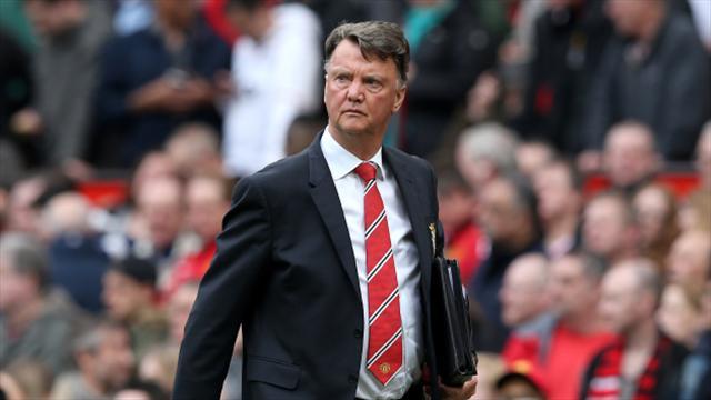 范加尔宣布下赛季还在曼联