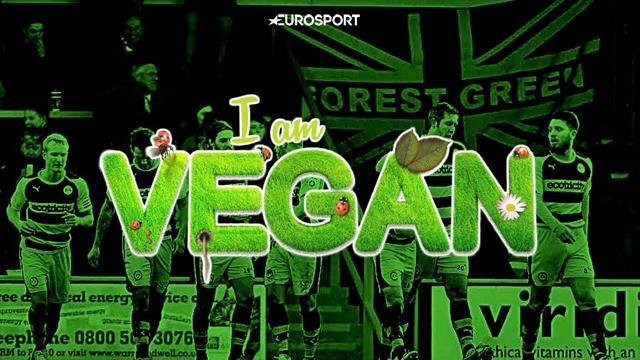 «Один мясоед ест, как 10 наших футболистов». Чем живет первый в мире веганский клуб