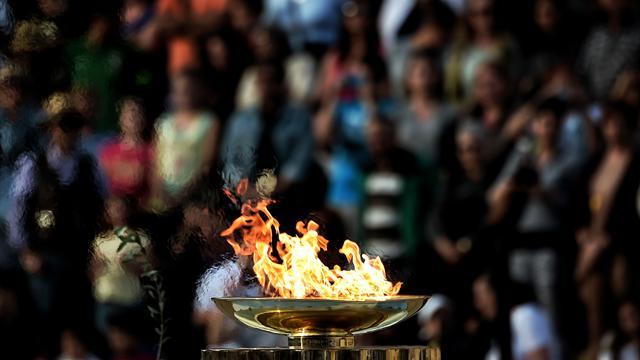 la flamme olympique des jo de rio est arriv e au br sil rio 2016 jeux olympiques eurosport. Black Bedroom Furniture Sets. Home Design Ideas