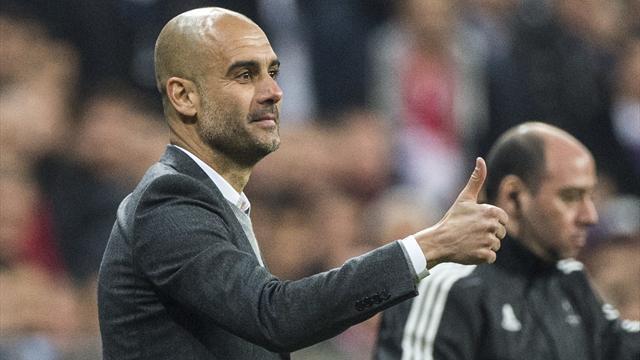 Grand seigneur, Guardiola associe Heynckes à la série inédite du Bayern