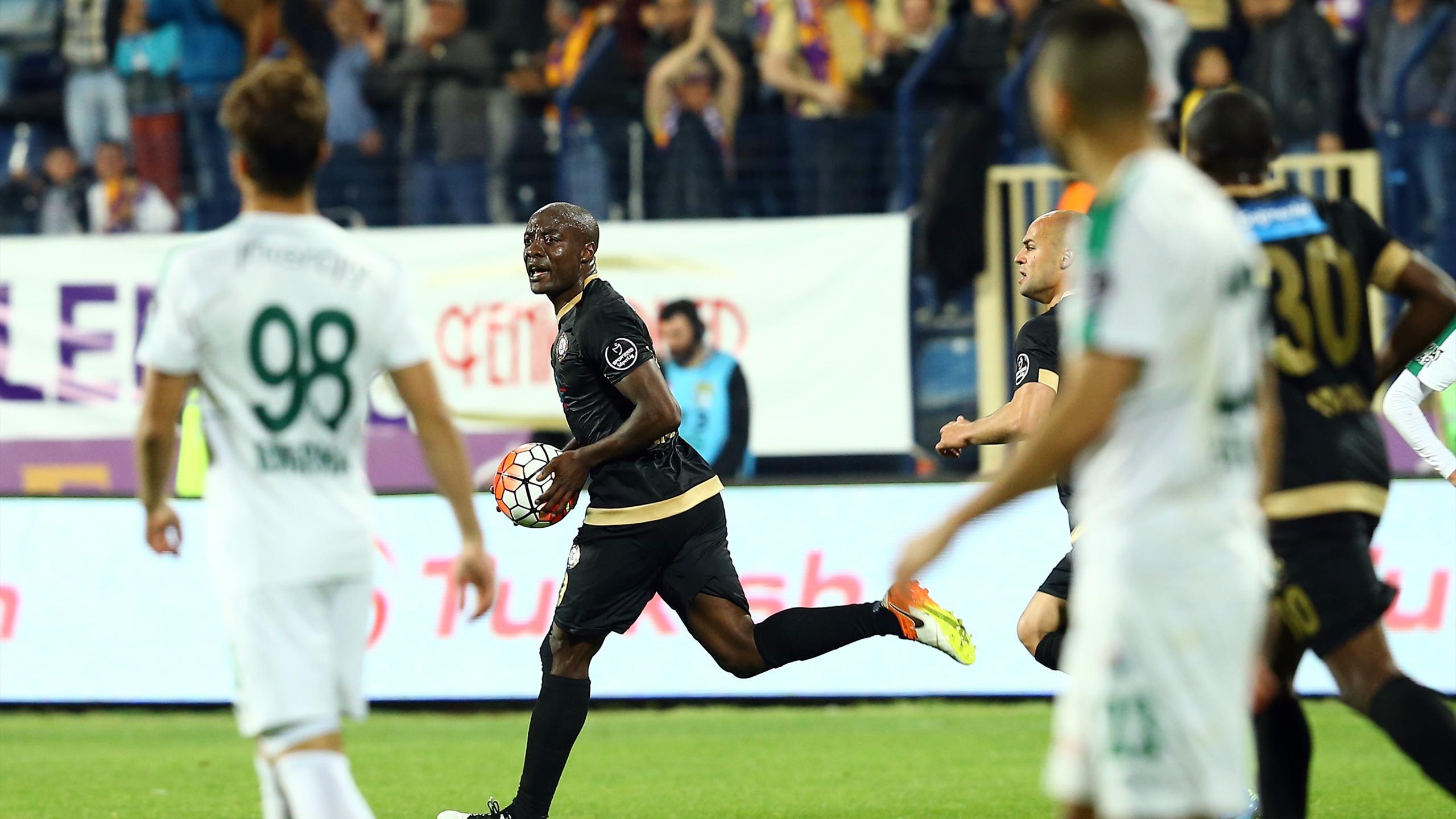 Osmanlıspor - Bursaspor (Pierre Webo)