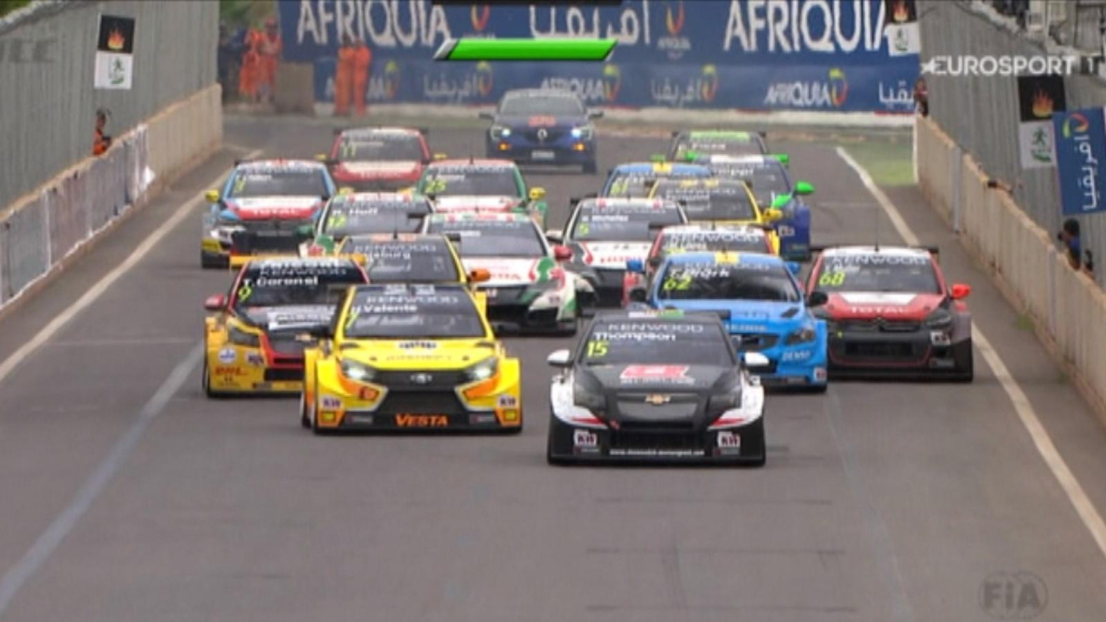 2c5ef32ec96a6 VIDEO - Tom Coronel se impone en la Carrera de Apertura - Marrakech - Video  Eurosport Espana