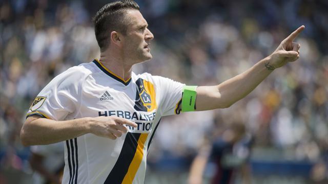 Keane makes scoring return ahead of Euro 2016