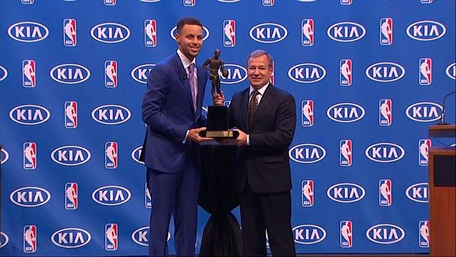 """Curry : """"J'espère inspirer les générations futures"""""""