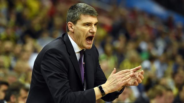 Perasovic, Maccabi deplasmanında savunma istiyor