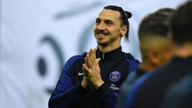 A la 10e minute, PSG-Nantes a été arrêté en hommage à Ibrahimovic