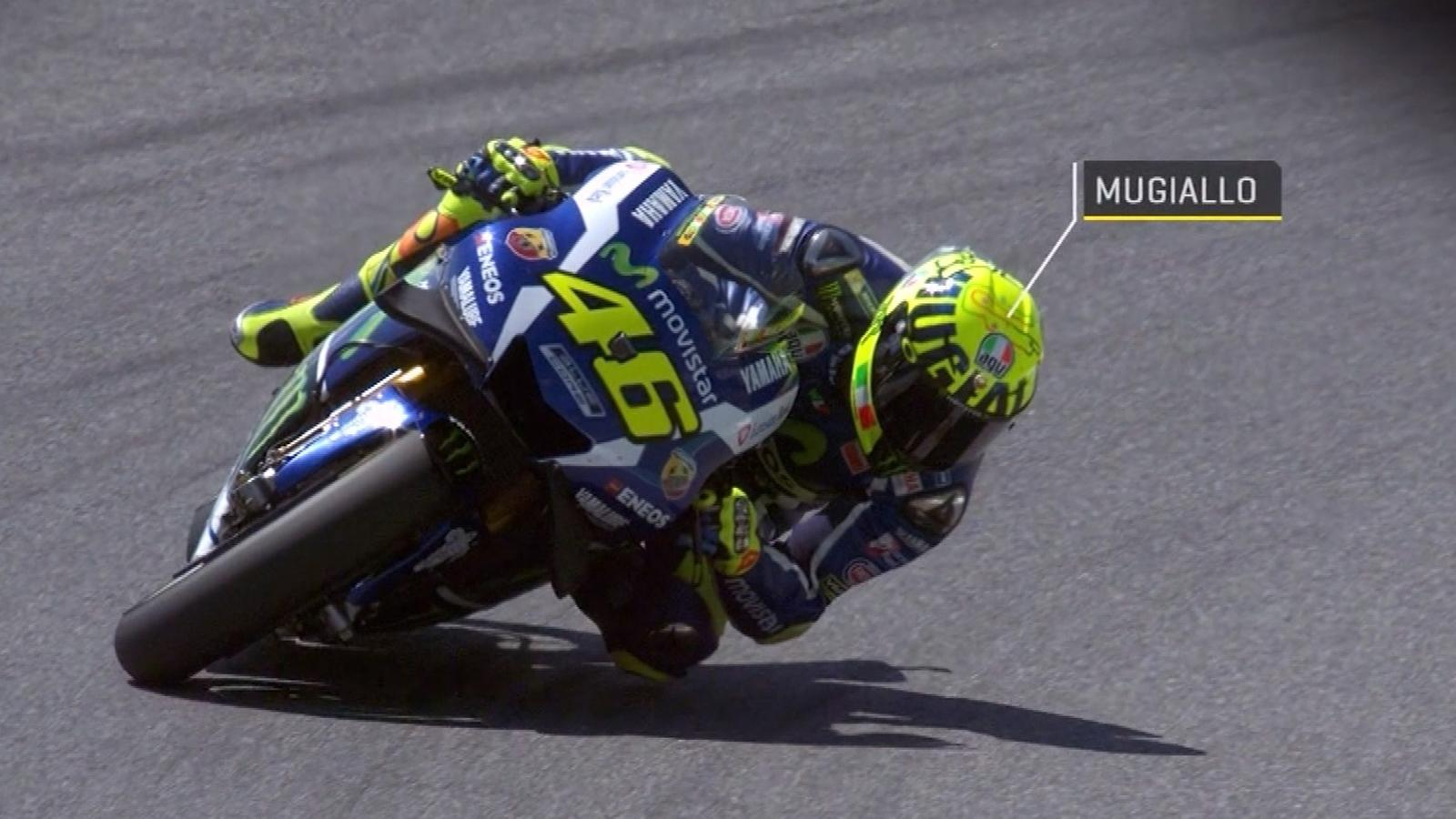 video motogp valentino rossi mit neuem helm in mugello. Black Bedroom Furniture Sets. Home Design Ideas