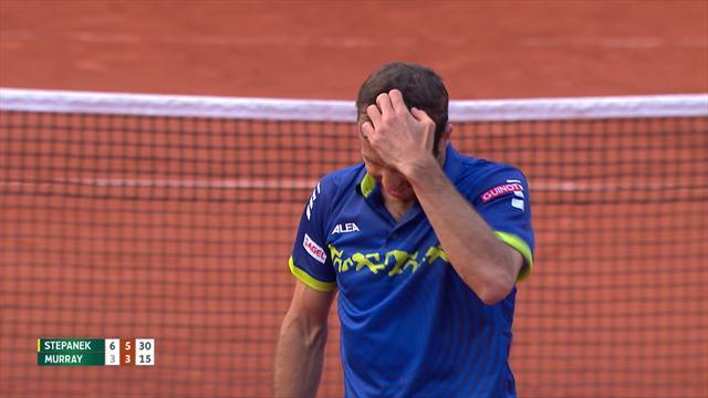 Stepanek misses simple smash on set point against Murray