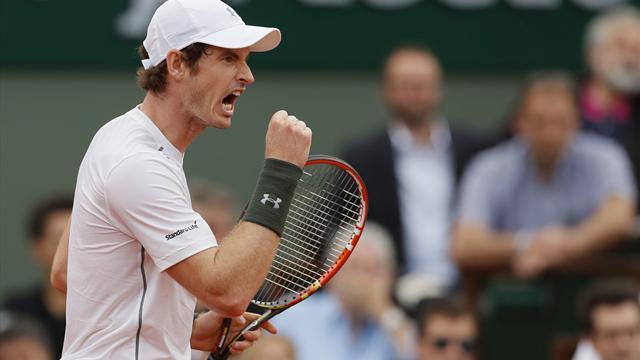 Andy Murray avoids huge upset to reach third round