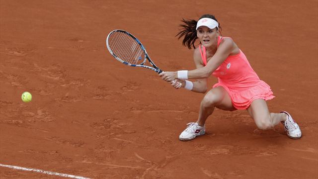Second seed Radwanska passes Strycova test