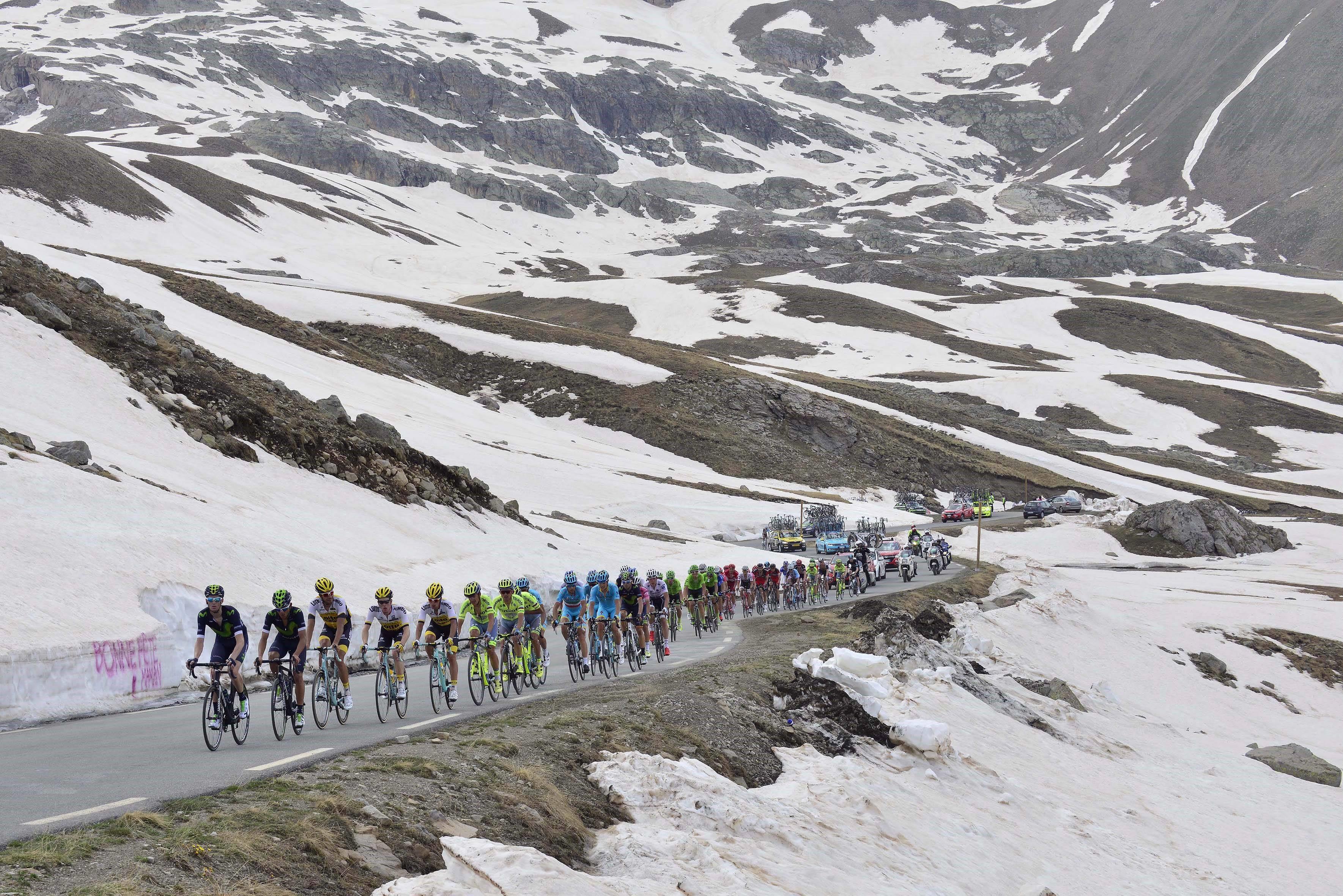 Giro d'Italia Col de la Bonette
