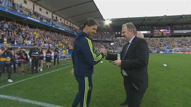 Zlatan : «Je jouerai à Malmö»