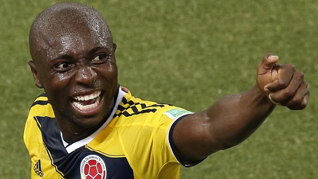 """Pablo Armero: Ex-West Ham left-back arrested, accused of """"forcefully"""" cutting wife's hair"""