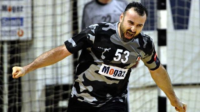 Beşiktaş Mogaz şampiyonluktan 1 adım uzakta