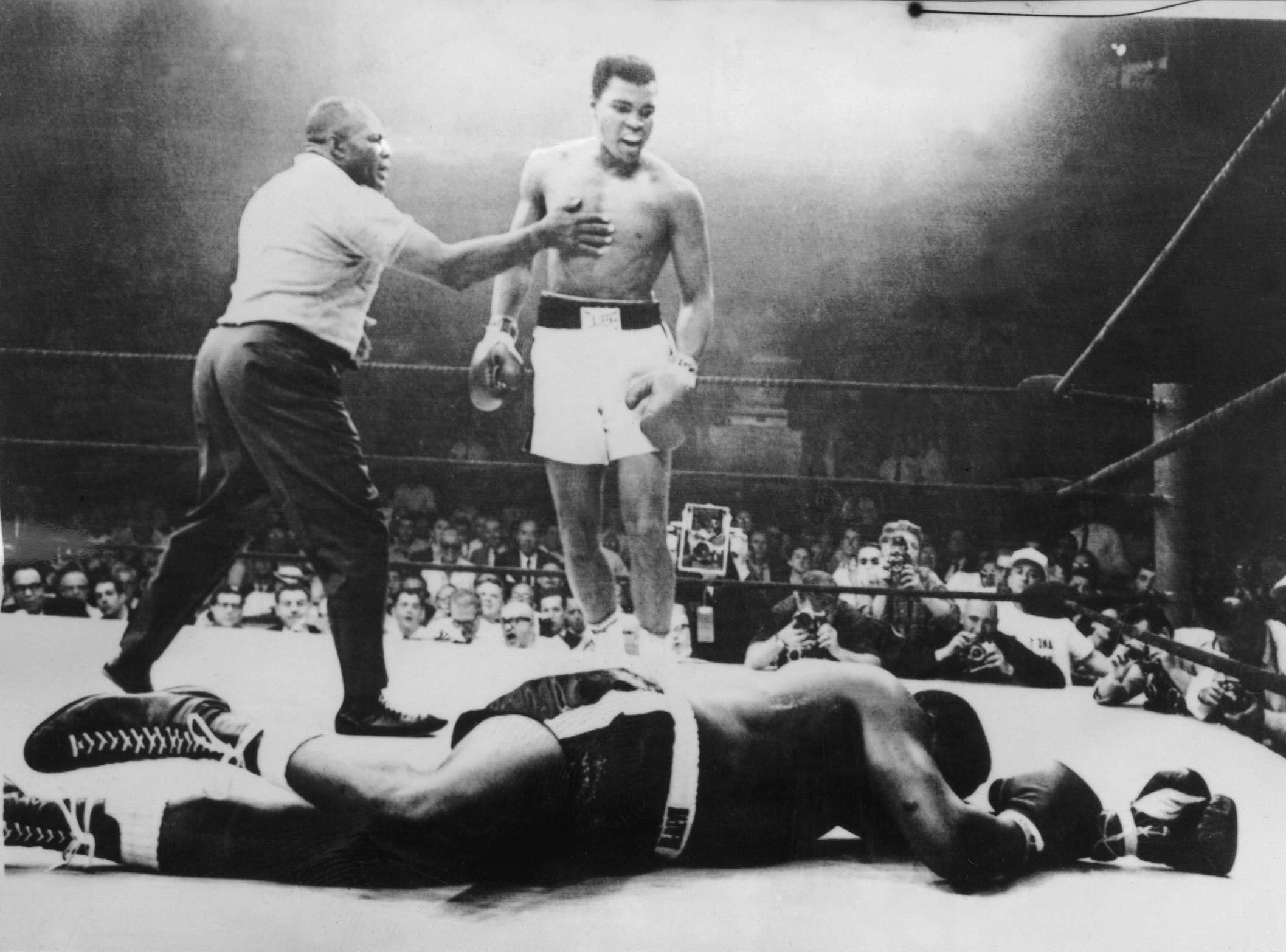 Mohamed Ali face à Sonny Liston (1965)