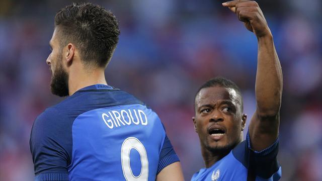 Les notes : Giroud et Kanté ont chassé les critiques et les doutes