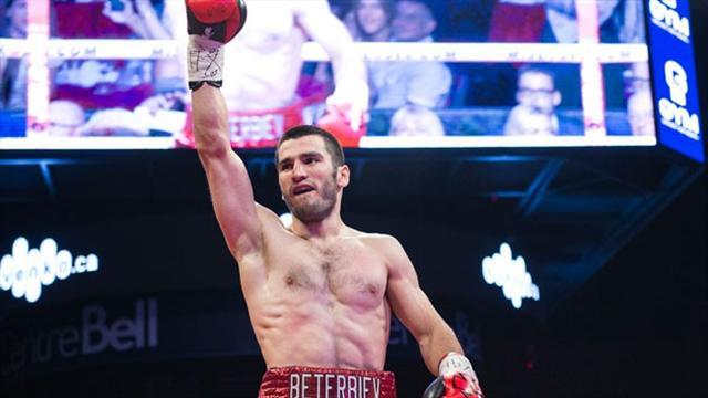 Бетербиев: «Хочу драться со всеми лучшими, но сейчас думаю только о бое с Гвоздиком»