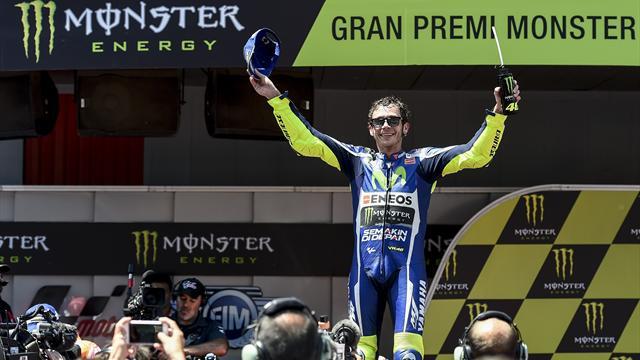 Росси выиграл Гран-при Каталонии
