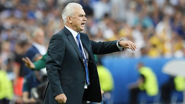 Iordanescu to step down as Romania coach