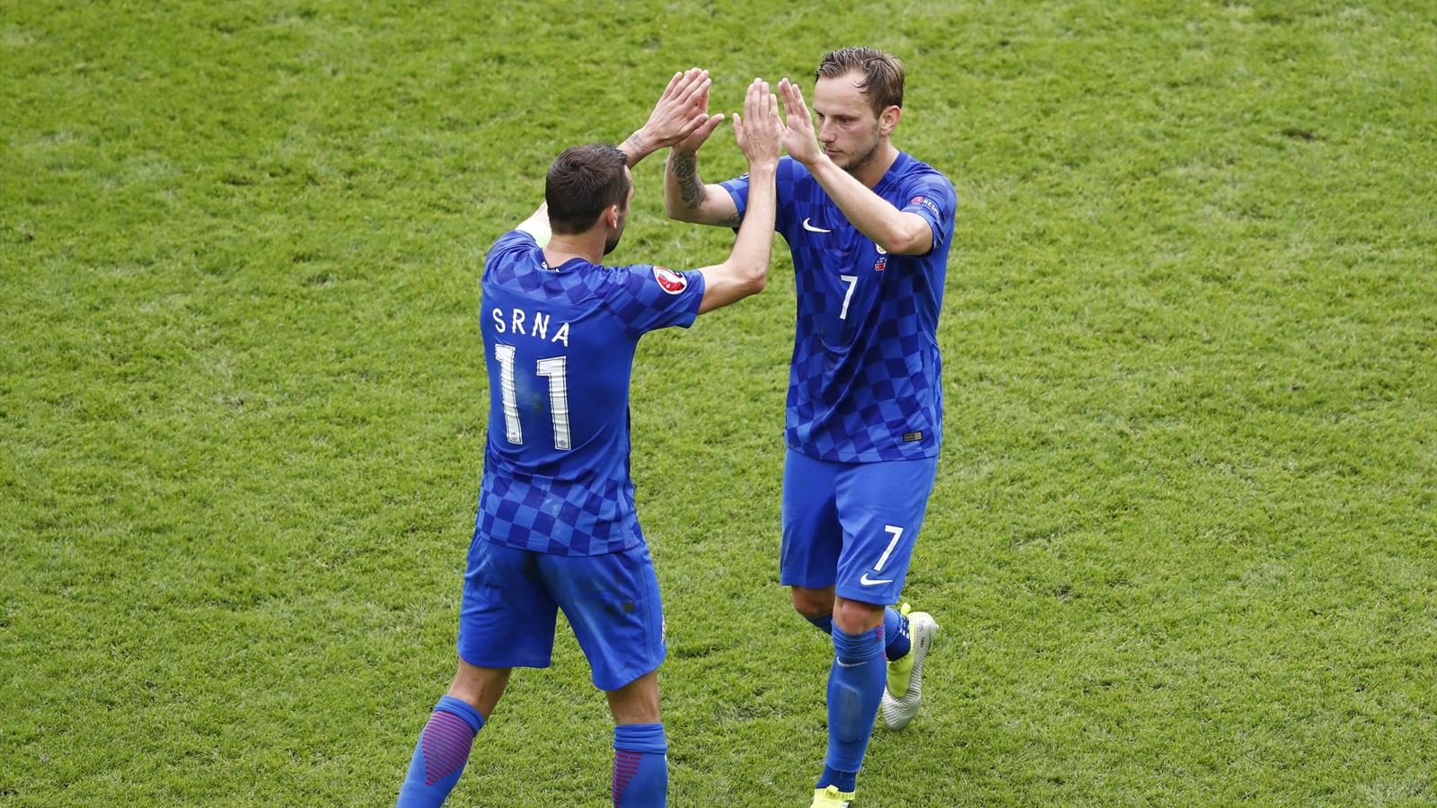 Croatia captain Srna to leave Euro 2016 after father's death