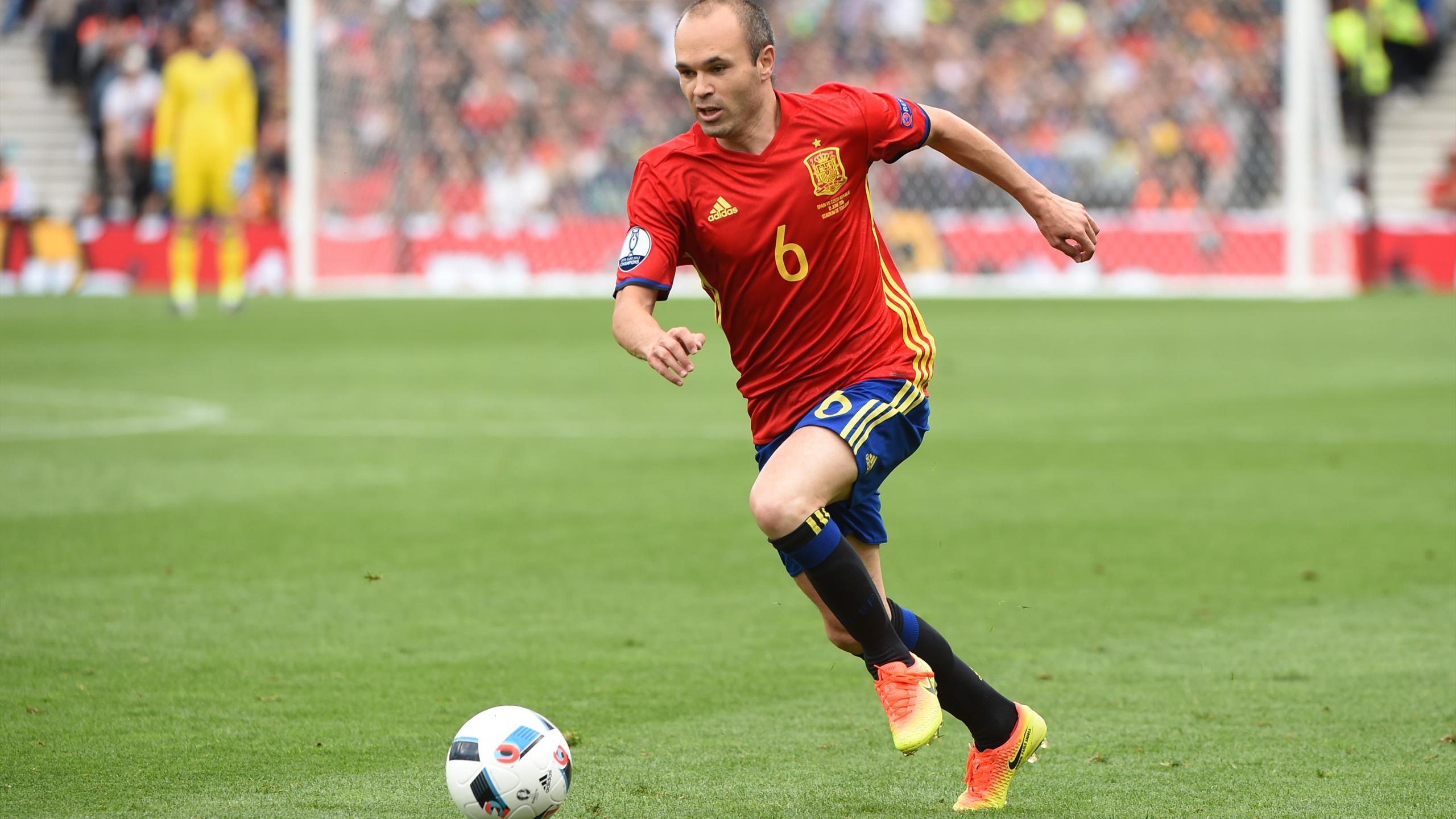 Euro 2016 Spain Iniesta