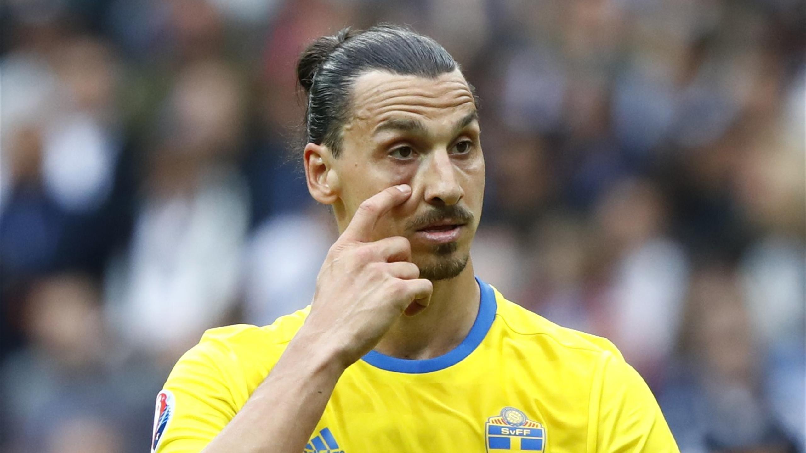 Zlatan Ibrahimovic (Suède) contre l'Eire à l'Euro 2016