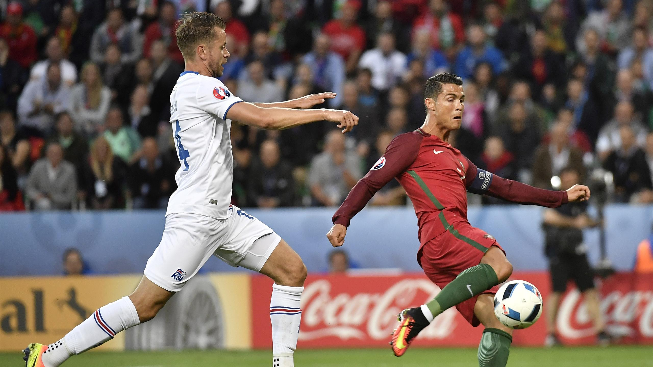 Cristiano Ronaldo (Portugal) face à l'Islande - Euro 2016