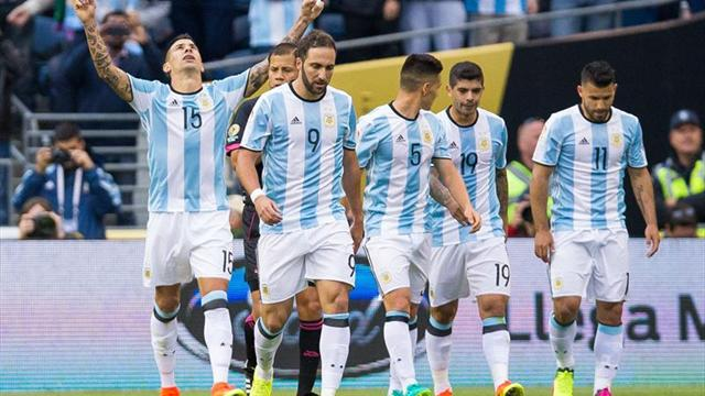 Argentina, a cuartos sin despeinarse tras golear a Bolivia (3-0)