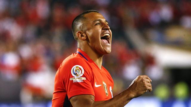 Un gran Alexis guía a Chile a cuartos ante Panamá (4-2)