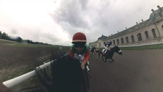 Watch our 360-degree VR video of the Prix de Diane Longines