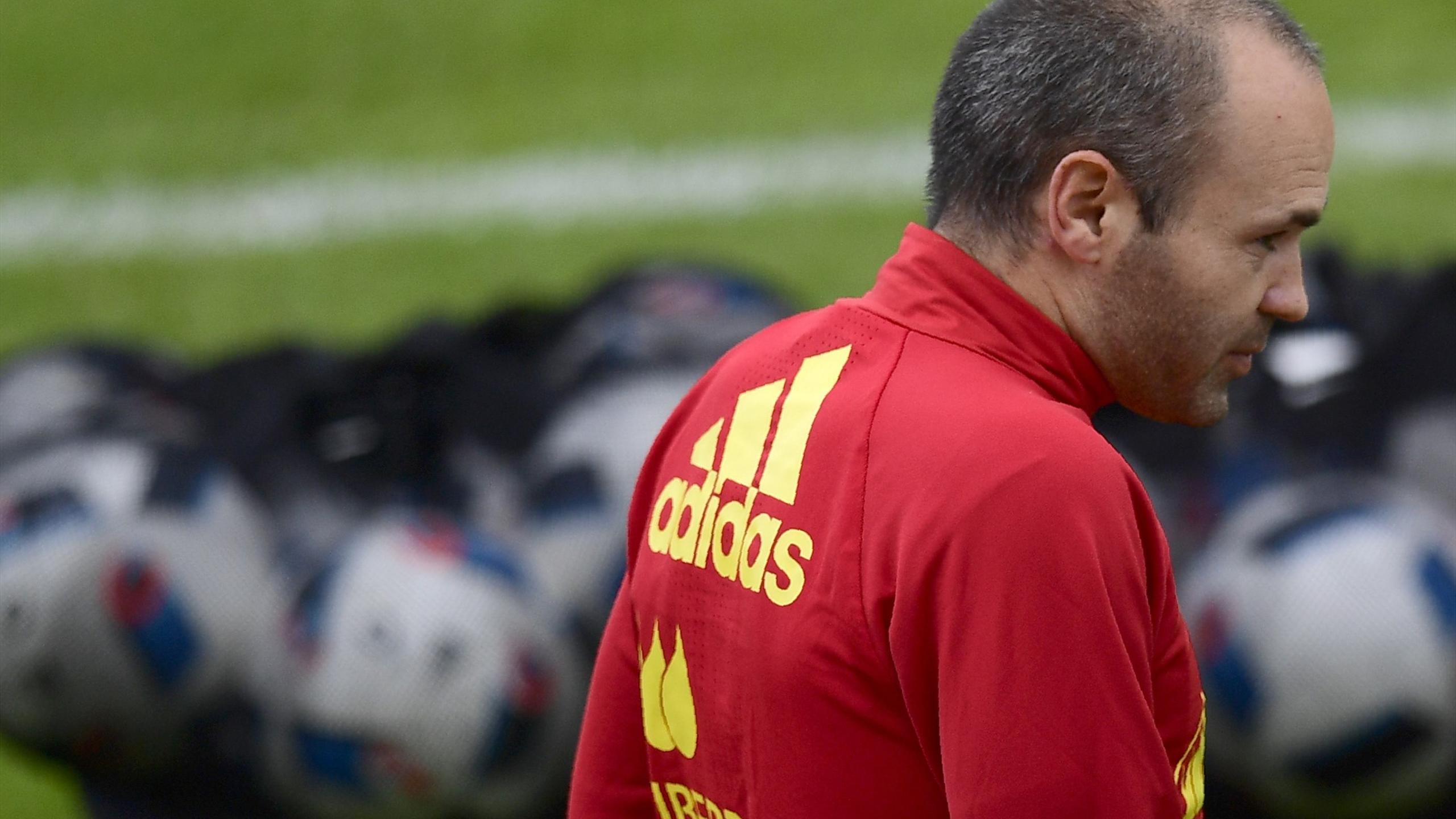 Andres Iniesta in training