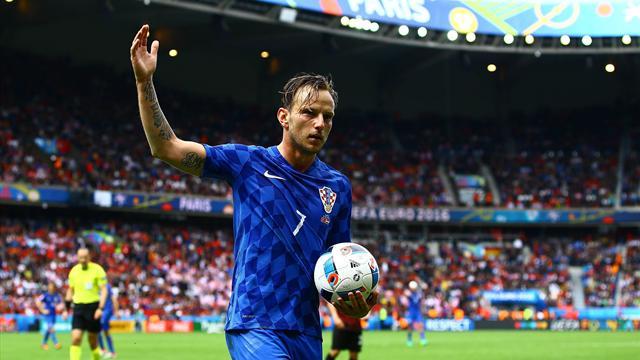 Le penalty tchèque, une compensation pour sanctionner les fumigènes croates selon Rakitic