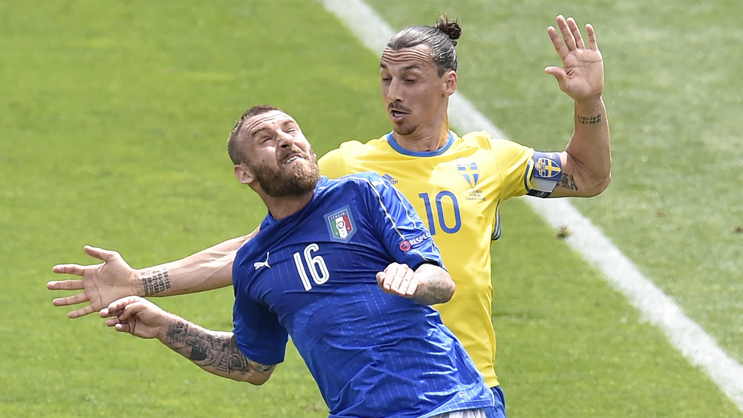 De Rossi Ibrahimovic - Italy v Sweden - Euro 2016