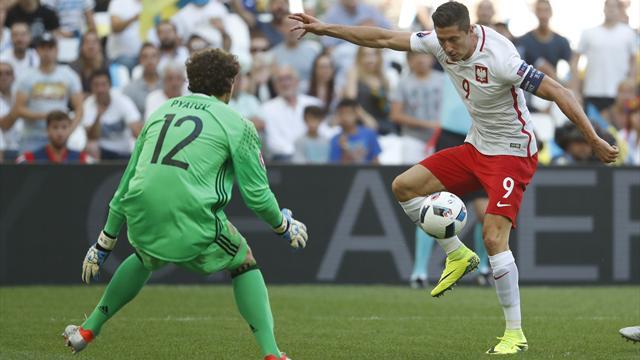 Malgré un succès poussif, la Pologne fait un beau deuxième