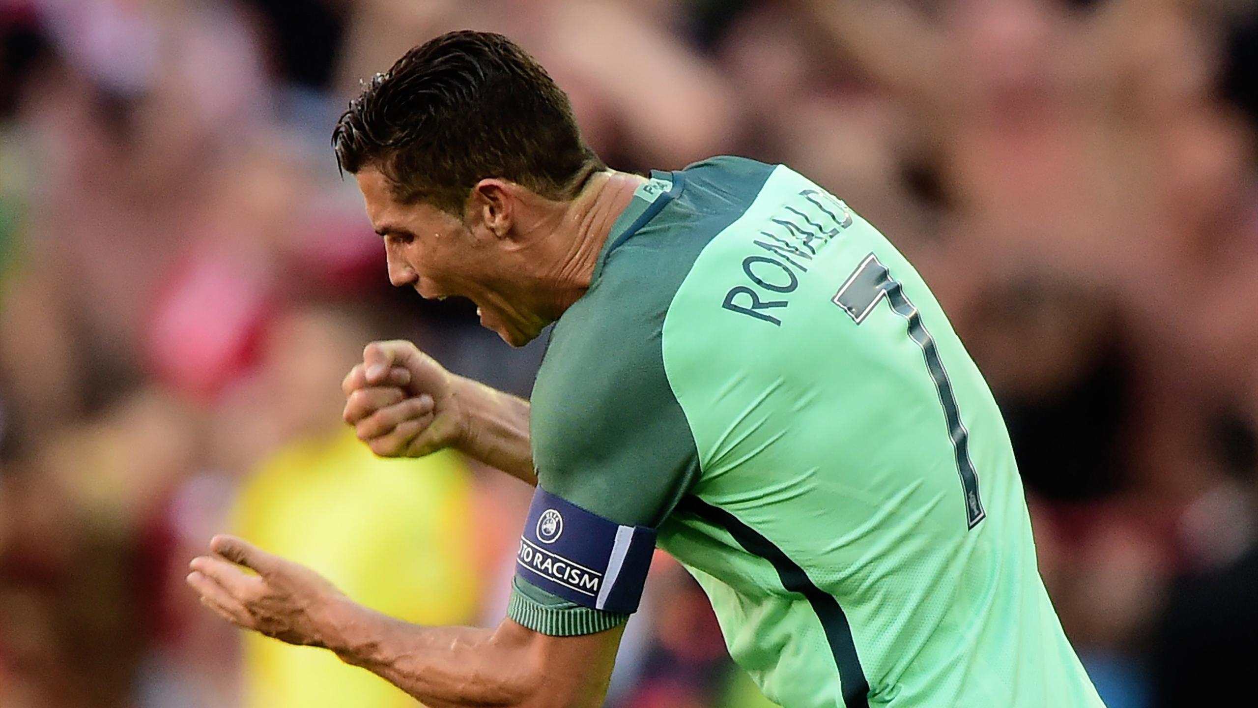 Cristiano Ronaldo orgia polacco massaggio porno