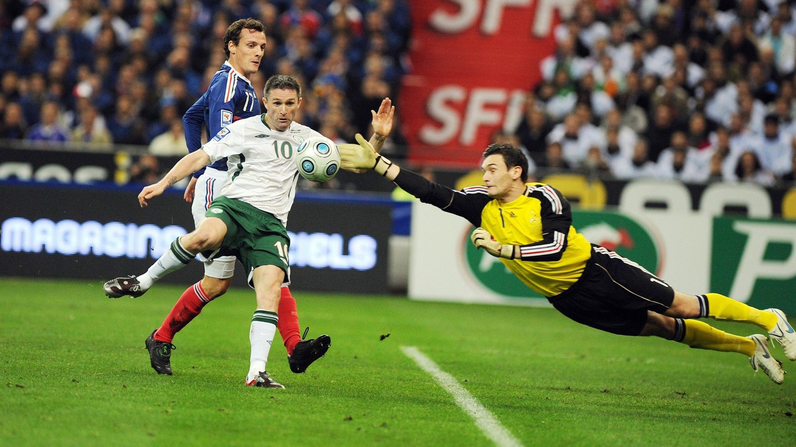 Lloris face à Keane en 2009
