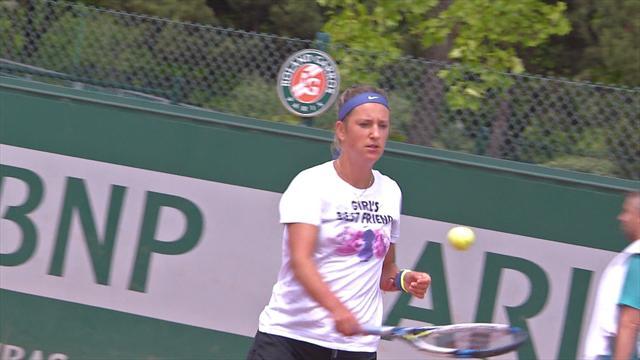 Azarenka withdraws from Wimbledon