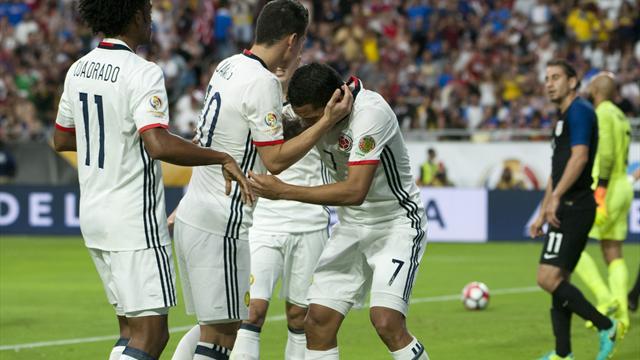 Una genialidad de James rematada por Bacca da a Colombia la tercera plaza (0-1)