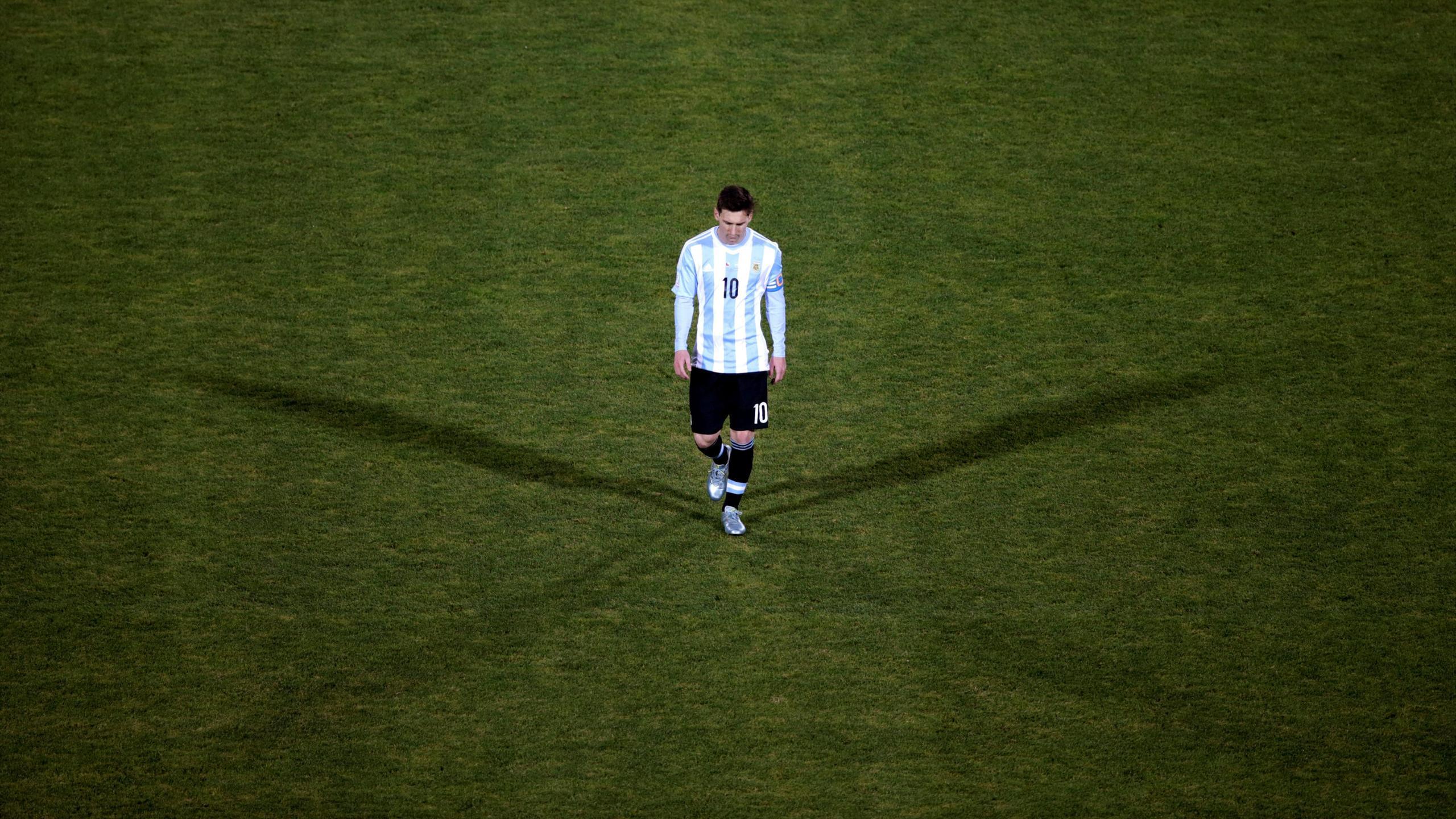Lionel Messi après la finale perdue par l'Argentine contre le Chili en Copa America 2016