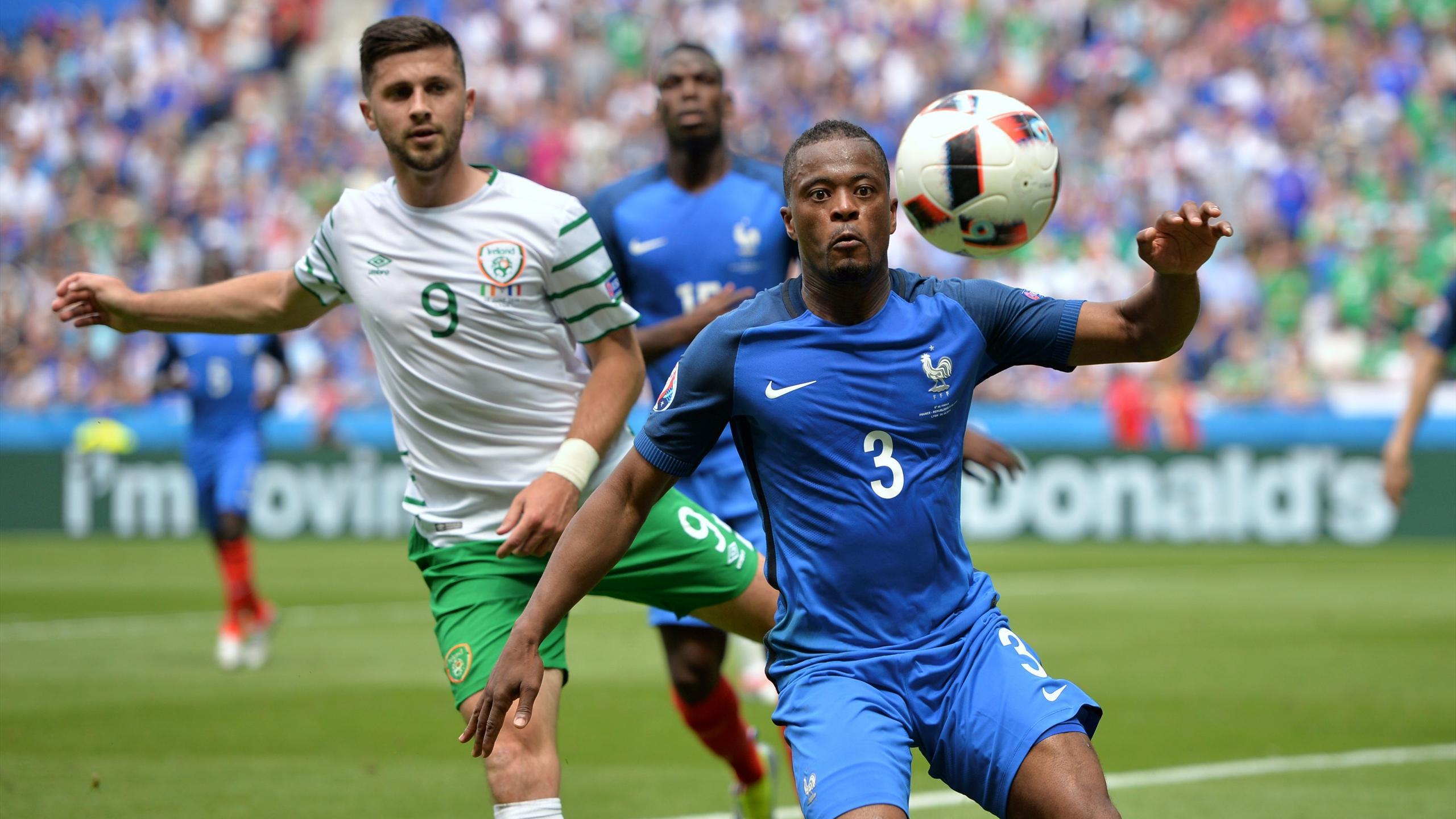 Patrice Evra (France) face à l'Irlande