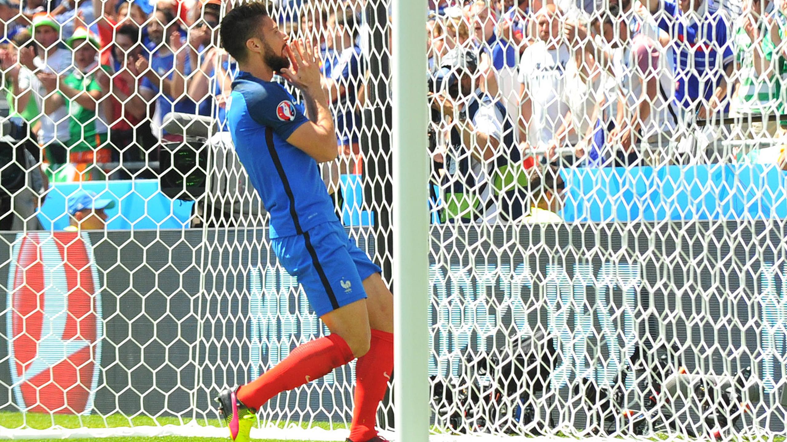 Olivier Giroud (France) face à l'Irlande