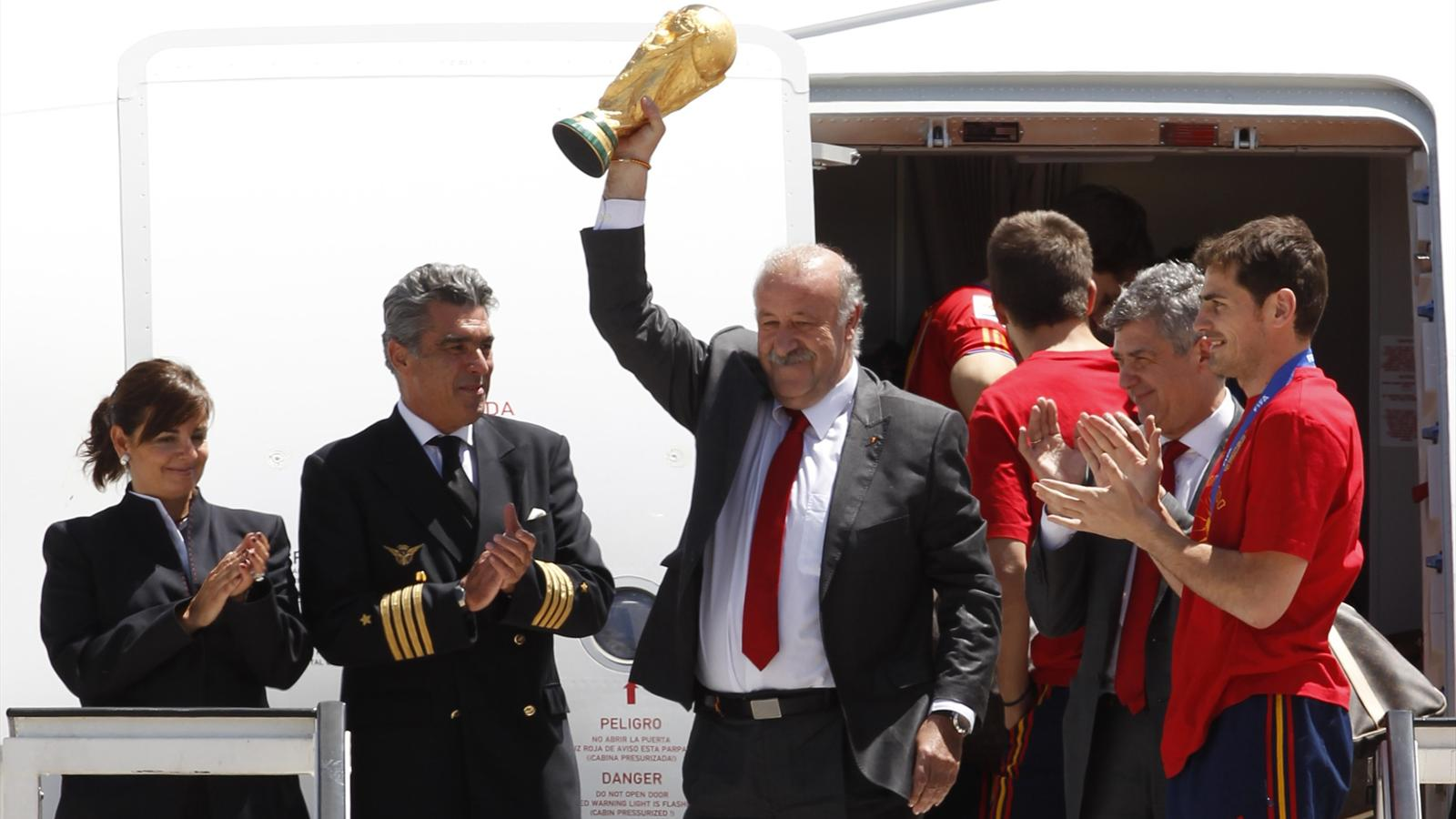 Vicente Del Bosque officially leaves job as Spain manager - World Cup 2014 - Football - Eurosport