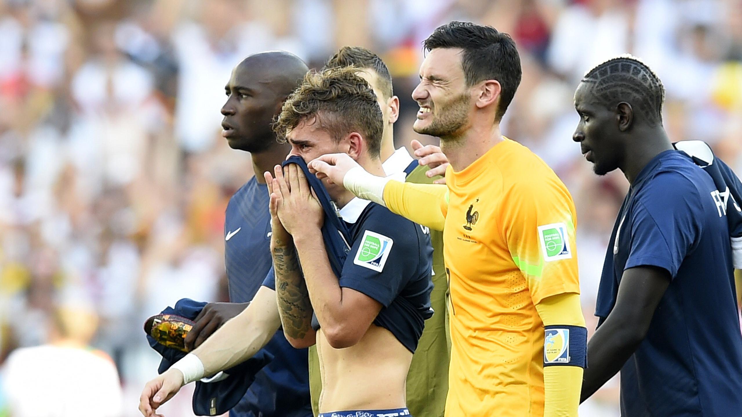 Hugo Lloris, Antoine Griezmann lors de la défaite de la France face à l'Allemagne en 2014