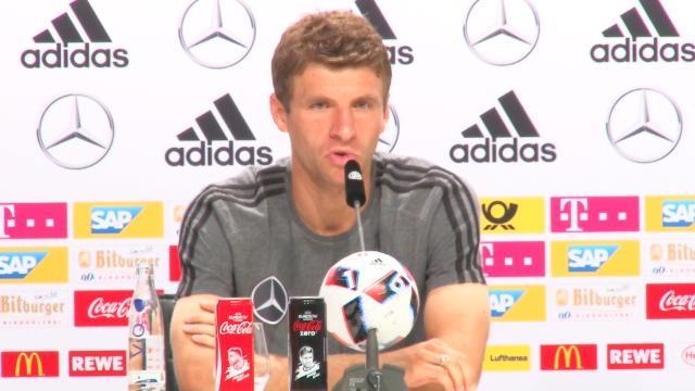 Müller n'a «pas peur» de l'attaque des Bleus
