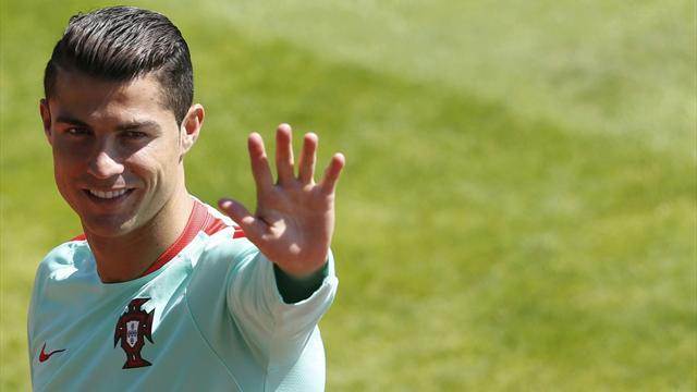 Euro 2016: anche Cristiano Ronaldo sostiene la fondazione Borgonovo