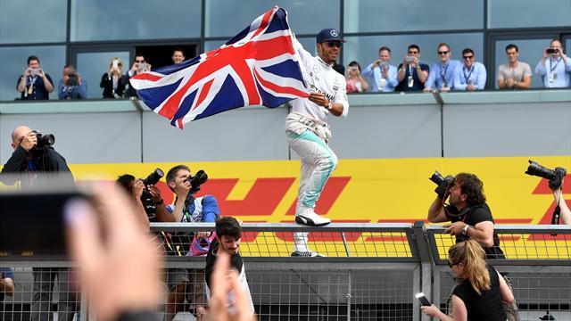 """Hamilton : """"J'ai failli doubler la voiture de sécurité !"""""""